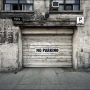 When selling Domain Names, the question is, to park or not to park?